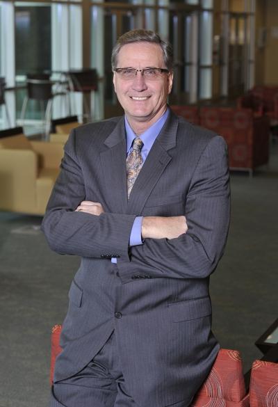 portrait of SCC president Dr. Don Tomas